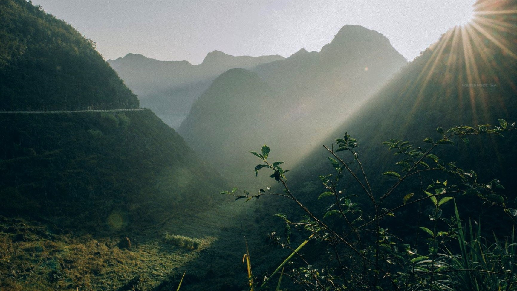 A JOURNEY OF HAPPINESS - HA GIANG