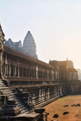 CAMBODIA IN STYLE